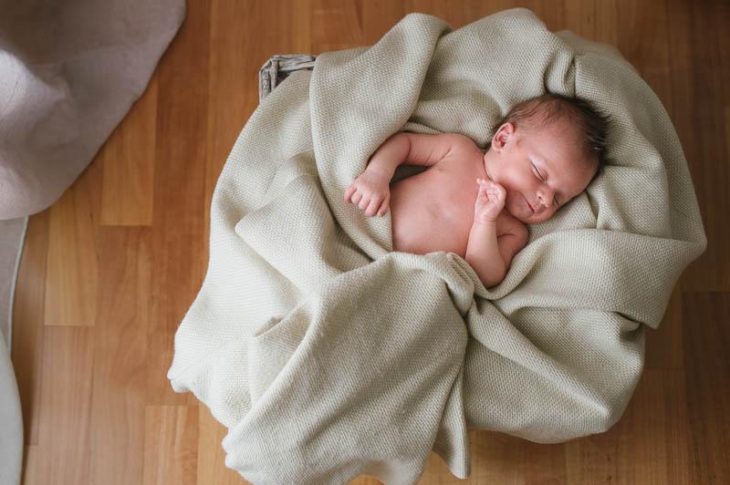 Foto-neonati-bambini-newborn-ritratti-book-verona-003