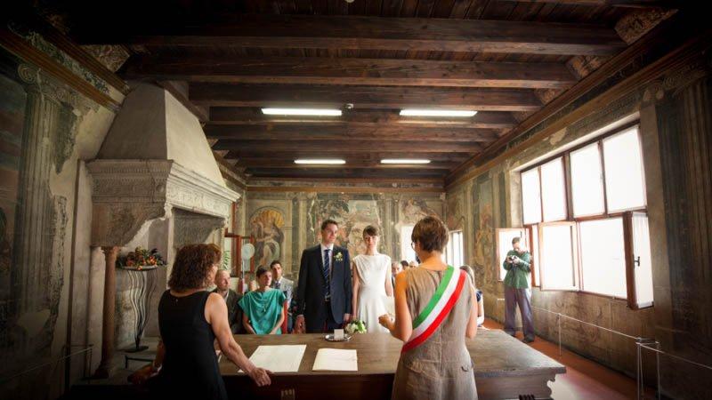 Matrimonio-civile-a-verona-sala-guarienti-sposami-a-verona-026