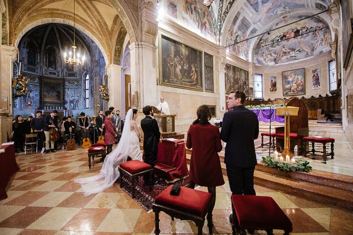 Matrimonio-inverno-verona-castello-di-bevilacqua-fotografo-paolo-castagnedi-058