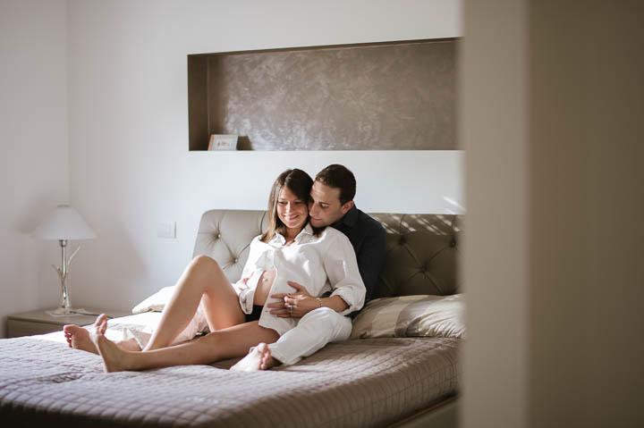 foto-premaman-maternity-gravidanza-estate-rintratti-pancione-paolo-castagnedi-02
